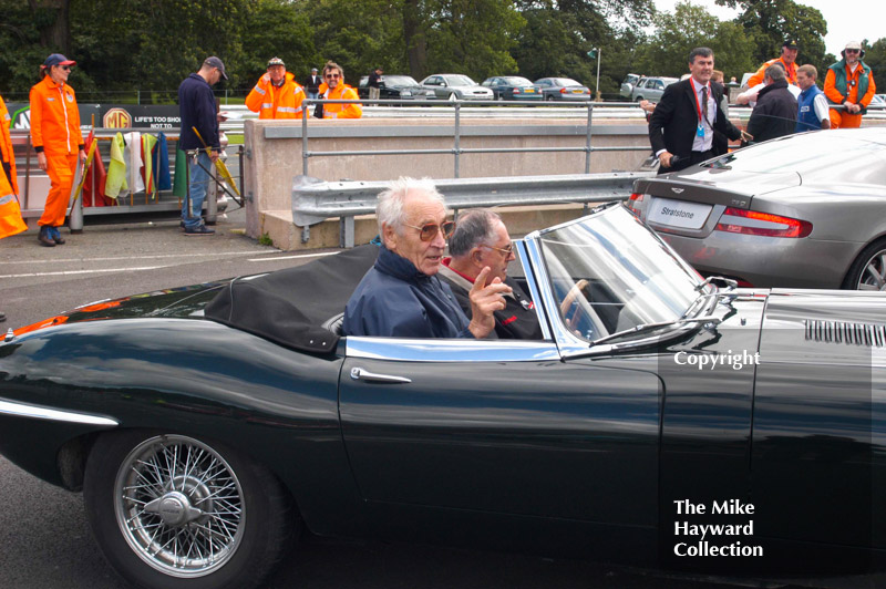 Roy Salvadori, left, and Jack Brabham, E type Jaguar, Oulton Park Gold Cup 2004.
