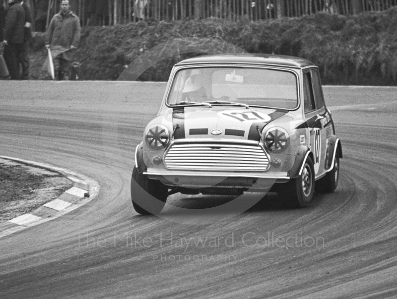 Steve Neal, Britax Cooper Downton Mini Cooper S, Brands Hatch, Race of Champions meeting 1969.