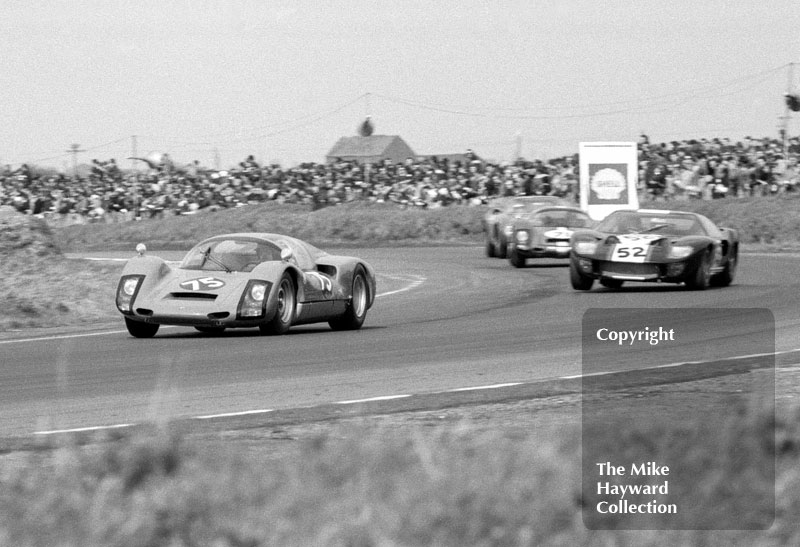 Ben Pon, Porsche 906, leads Paul Hawkins, Ford GT40 and Tony Dean, Porsche 906, at a round of the Autosport Trophy, Snetterton, 24 March 1967.