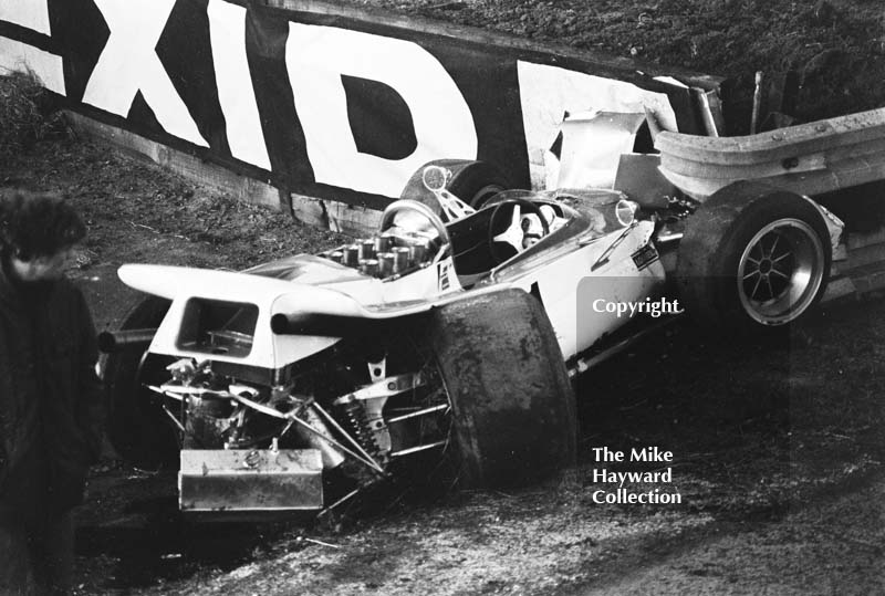 Badly damaged Leda 21 Chevrolet of Mac Daghorn, Guards F5000 Championship, Oulton Park, 1970.