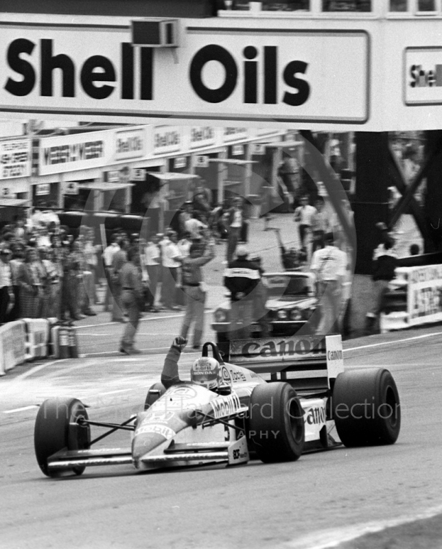 Victory for Nigel Mansell, Williams Honda, Brands Hatch, British Grand Prix 1986.