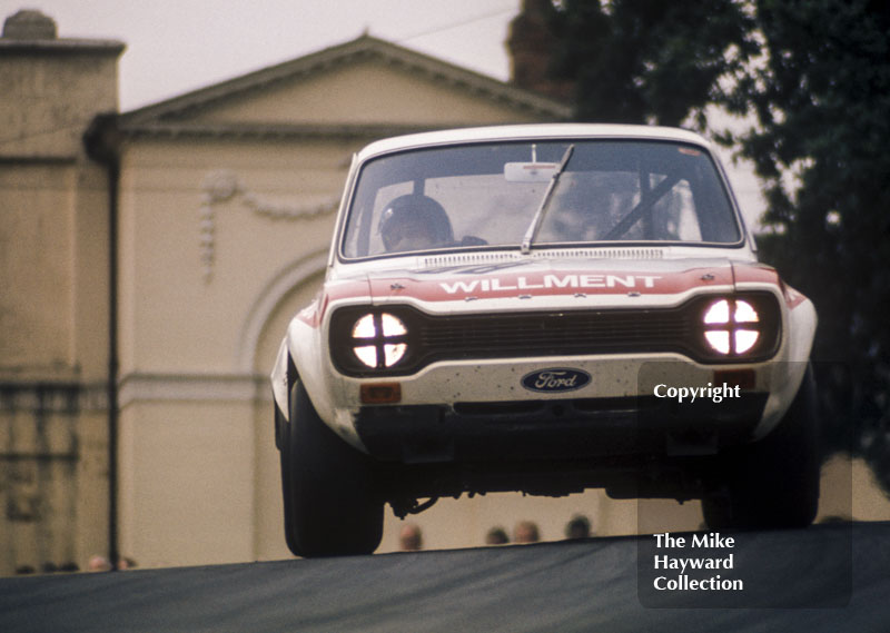 Mike Crabtree, Willment Ford Escort RS1600, Hepolite Glacier Trophy race, Oulton Park Gold Cup meeting 1971.