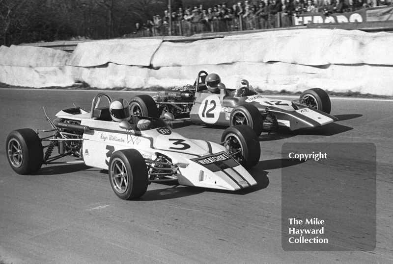 Roger Williamson, Wheatcroft Racing March 723, and Geddes Yeates, Travisco Lotus 69, Mallory Park, Forward Trust 1972.