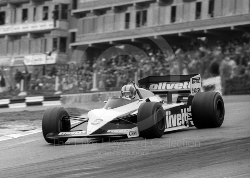 Marc Surer, Brabham BT54, at Paddock Bend, Brands Hatch, 1985 European Grand Prix.