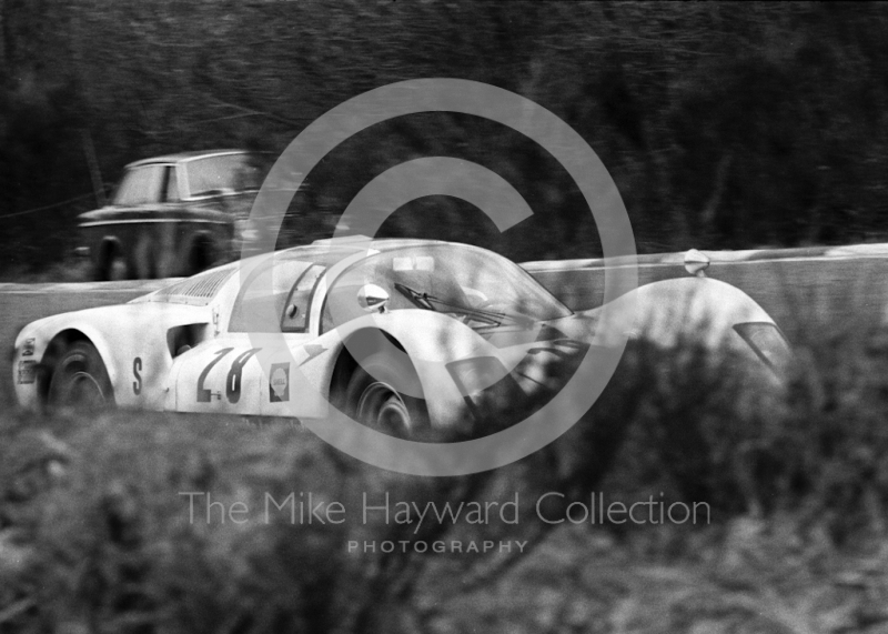 The Opposite Lock Club Porsche 906 of Martin Hone/Jeff Harris heading for 16th place overall, 1968 BOAC 500, Brands Hatch