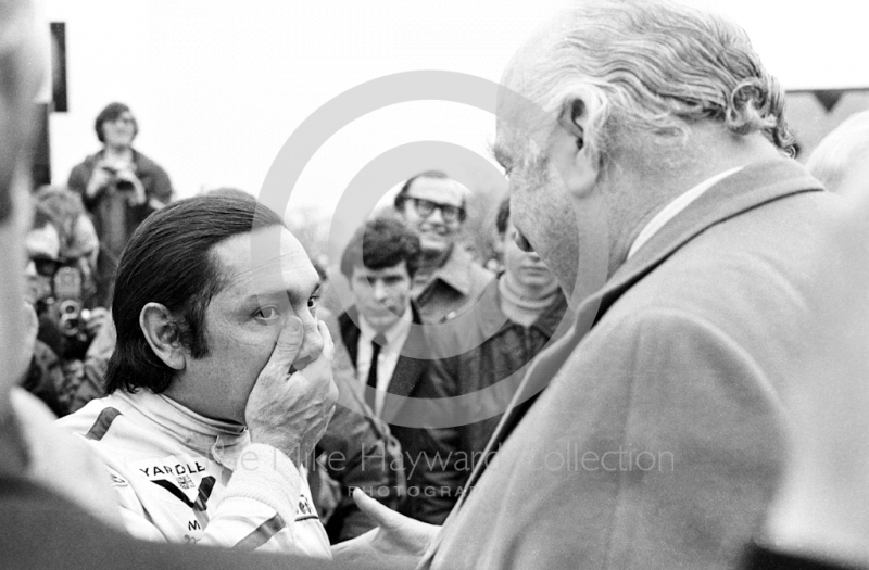 Pedro Rodriguez talks to Louis Stanley after winning in his Yardley BRM P160, Oulton Park Rothmans International Trophy, 1971.