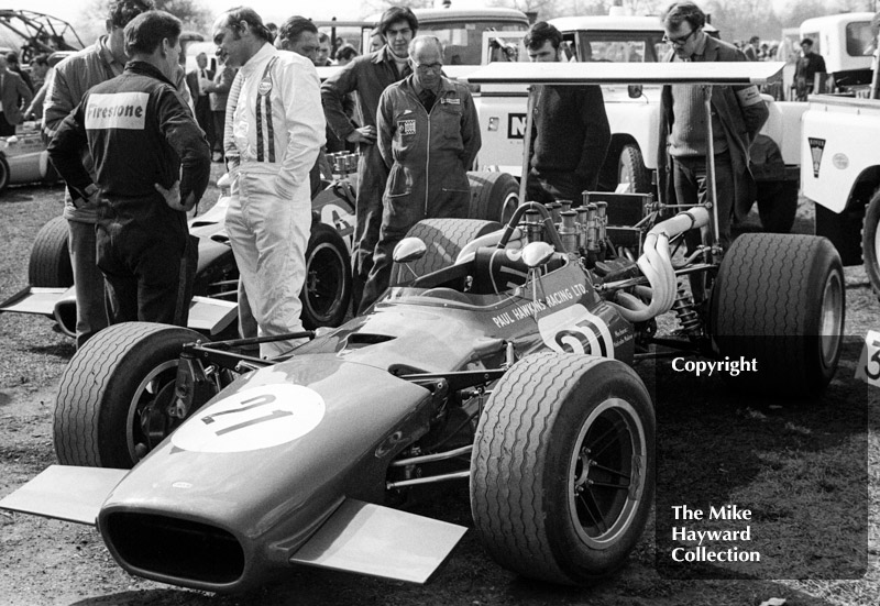 Mike Hailwood, Paul Hawkins Racing Lola T142/SL142/40 Chevrolet V8 - retired with driveshaft failure - Guards F5000 Championship, Oulton Park, April 1969.