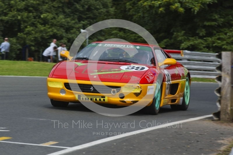 David Ashburn driving a Ferrari F355, Oulton Park, during the Pirelli Ferrari Maranello Challenge, August 2001.