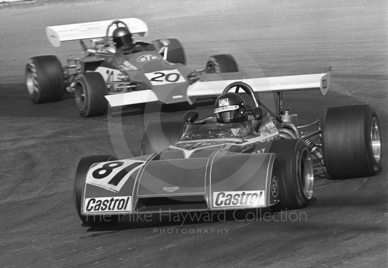 Peter Gethin, Chevron B20, and Brett Lunger, Peter Bloor March 722-11, Mallory Park, Formula 2, 1972.