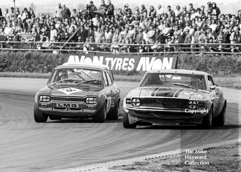 Rod Mansfield, Luton Motors Ford Escort RS1600, and Martin Birrane, Ford Mustang, GKN Transmissions Trophy, International Trophy meeting, Silverstone, 1971.