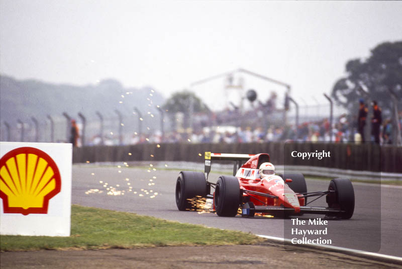 Andrea de Cesaris sparking, Dallara 189 V8, British Grand Prix, Silverstone, 1989.