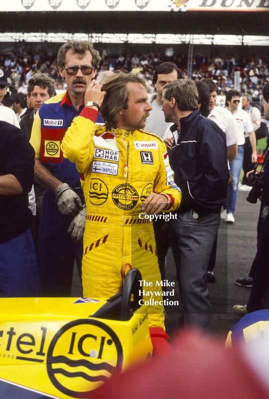 Keke Rosberg on the grid, Silverstone, British Grand Prix, 1985.