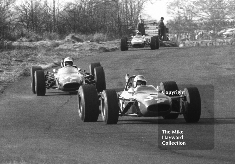 Chris Craft, Tecno 68, leads Morris Nunn, Astrali Lotus 41, at Island Bend, BRSCC Trophy, Formula 3, Oulton Park, 1968.