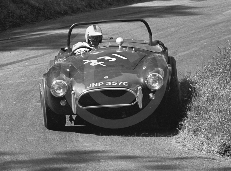 M Maycroft, AC Cobra 4.7, reg no JNP 357C, MAC Shelsley Walsh Hill Climb, June 1968