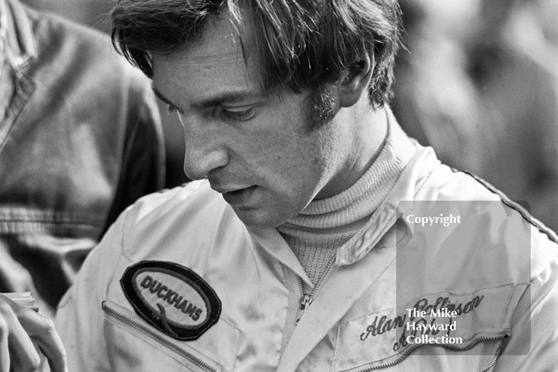 Alan Rollinson practised with a new Lola Chevrolet F5000 but did not start, Silverstone International Trophy 1970.