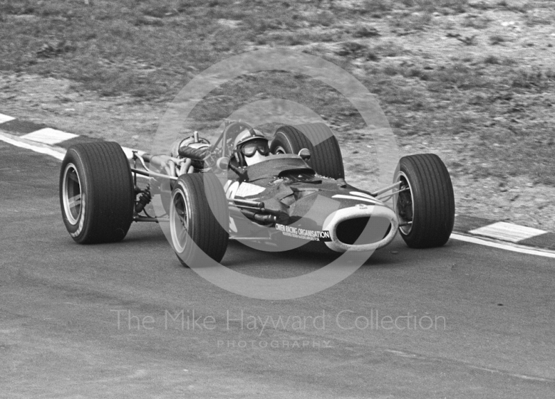 Pedro Rodriguez, BRM P126 V12, exits Paddock Bend, British Grand Prix, Brands Hatch, 1968.