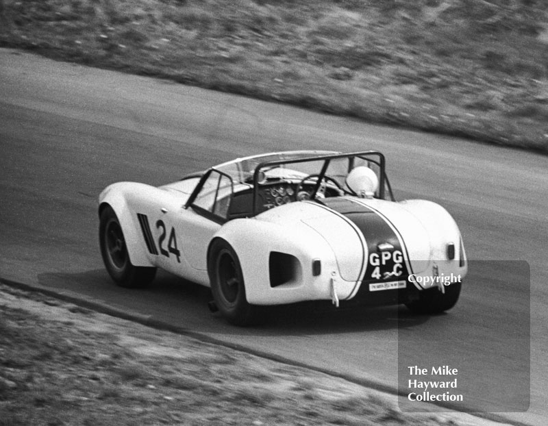 Roger Mac, Chequered Flag Shelby Cobra (GPG 4C), Tourist Trophy, Oulton Park. 1965