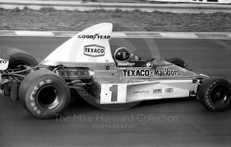 Emerson Fittipaldi, McLaren M23, Brands Hatch, Race of Champions 1975.