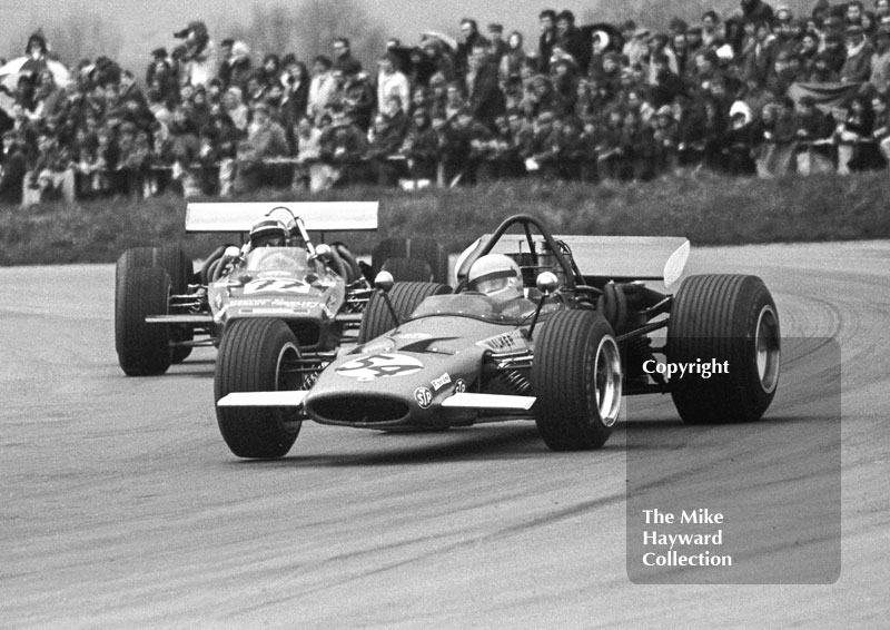 Mike Walker, Alan McKechnie, F5000 McLaren Chevrolet, Silverstone International Trophy 1970.