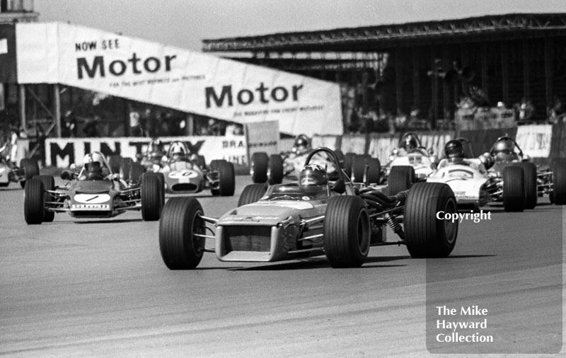 Barrie Maskell, Chevron B18, followed by Dave Walker, Lotus 69, Sandy Shepard, Brabham BT28 and James Hunt, March 713, GKN Forgings Trophy, International Trophy meeting, Silverstone, 1971.