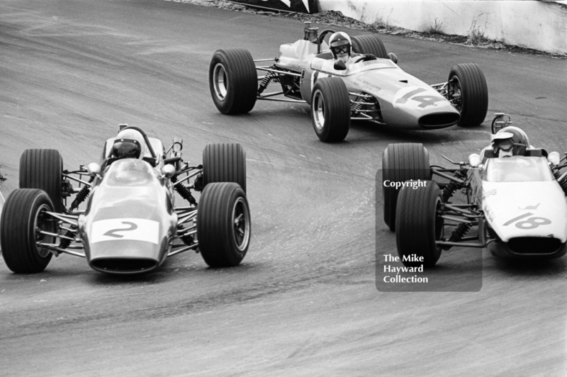 John Miles, Lotus 41X Ford; Ian Ashley, Chequered Flag/Scalextric McLaren M4A; and Philippe Vidal, Goodwin Racing Brabham BT21; Mallory Park, F3 Guards International Trophy, BRSCC 4000 Guineas meeting, 1968.