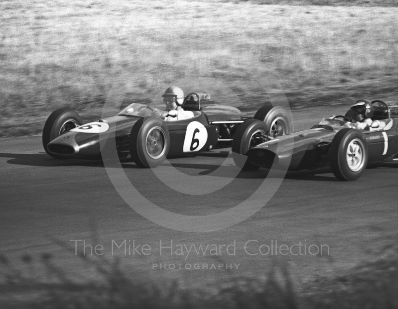 Denny Hulme, Repco Brabham BT10, and Jim Clark, Ron Harris Lotus 32, Oulton Park Gold Cup meeting, 1964.