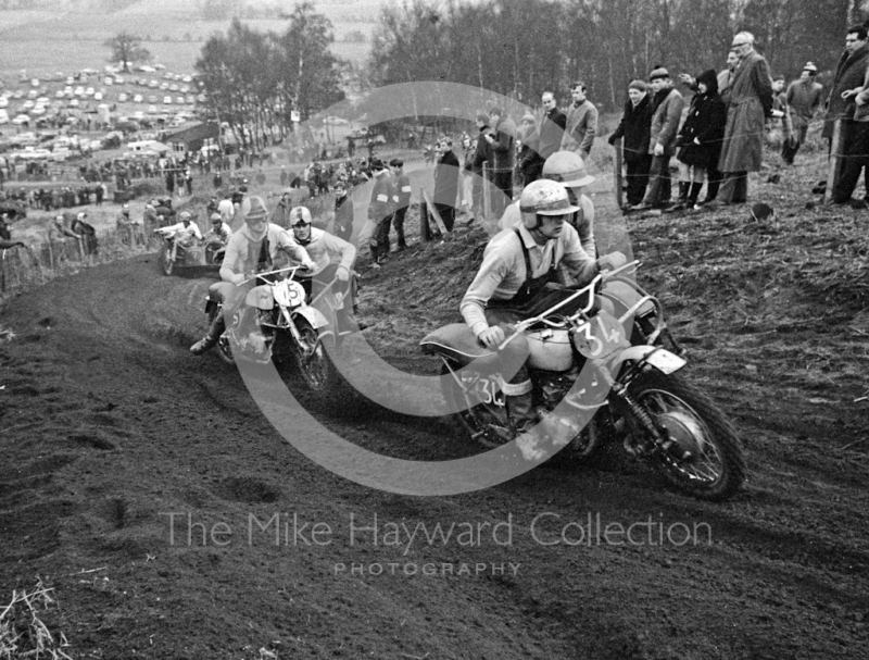R Spencer, Triumph 650, leads up the hill, ACU British Scramble Sidecar Drivers Championship, Hawkstone Park, 1969.
