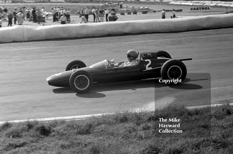 Peter Arundell, Ron Harris Team Lotus 32 Cosworth, Mallory Park, May 1964.