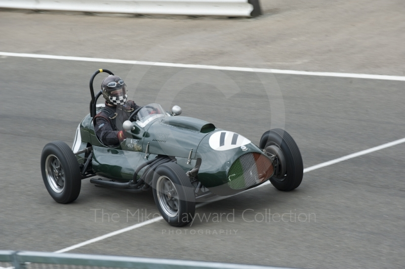 Eddie McGuire, 1952 Cooper Bristol, heads into the pits, HGPCA Front Engine Grand Prix Cars, Silverstone Classic, 2010