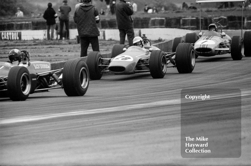 Chris Craft, Tenco 68, Tim Schenken, Chevron B9, Peter Westbury, Brabham BT21B, 1968 Martini Trophy, Silverstone.