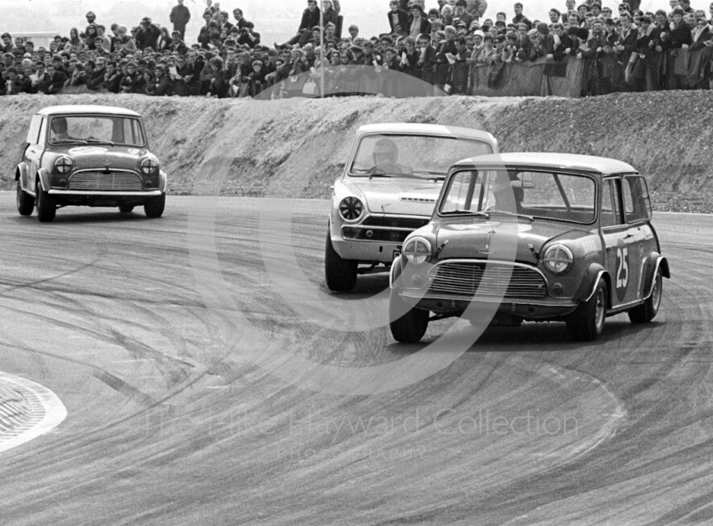 Tony Youlten, Cars and Car Conversions Mini Cooper S, and Barry Pearson, Lotus Cortina, Easter Monday meeting, Thruxton, 1968.