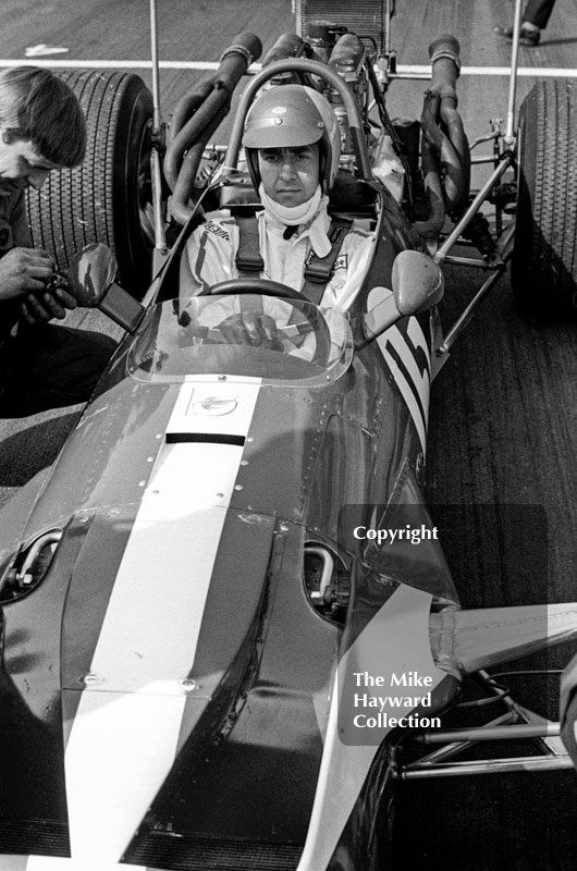 David Hobbs, TS Research and Development Surtees TS5/003 Chevrolet V8 - fastest in practice, 2nd in race - F5000 Guards Trophy, Oulton Park, April 1969.