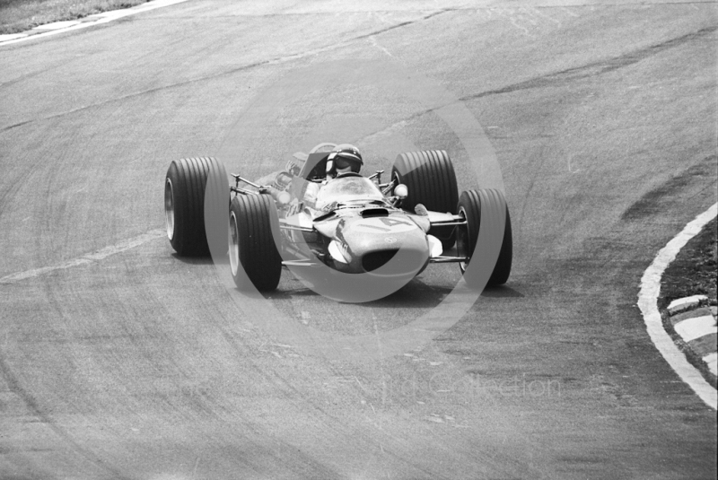 Jackie Stewart, Matra V8 MS10-02, at Bottom Bend, British Grand Prix, Brands Hatch, 1968.