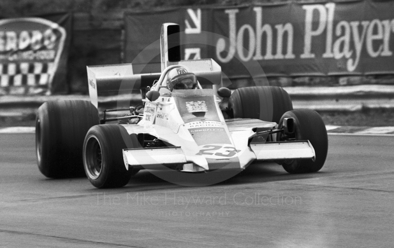 Rolf Stommelen, Embassy Hill Lola Ford T371, Brands Hatch, Race of Champions 1975.