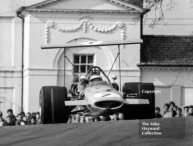 Peter Gethin, Church Farm Racing McLaren M10A/1 Chevrolet V8, winner of the Guards F5000 Championship round, Oulton Park, April 1969