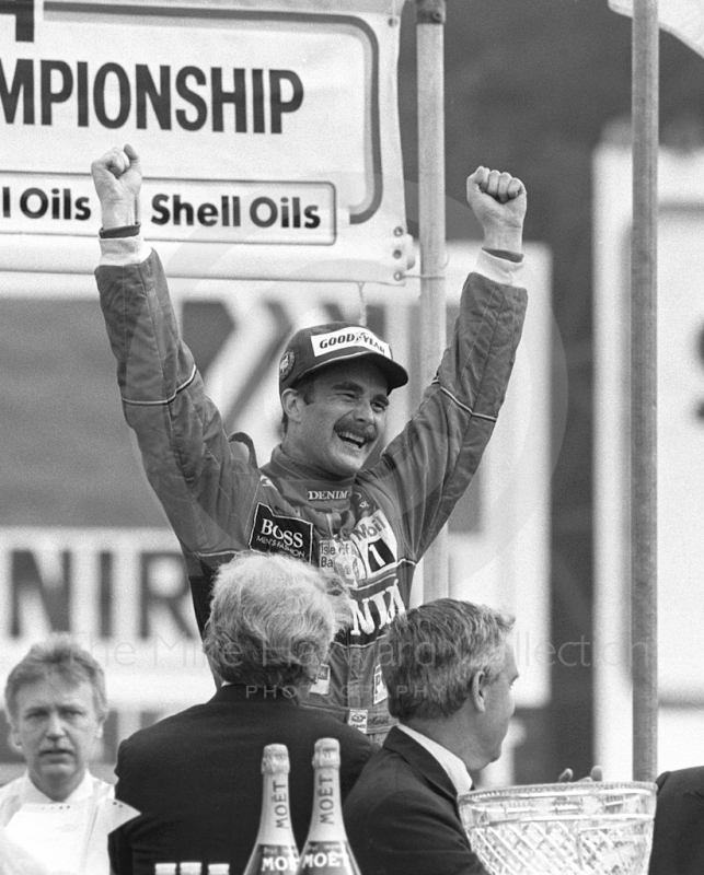Nigel Mansell, Williams Honda, celebrates his victory at Brands Hatch, British Grand Prix 1986.