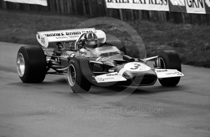 Graham Hill, Brooke Bond Oxo/Rob Walker Lotus 49C, Silverstone International Trophy 1970.
