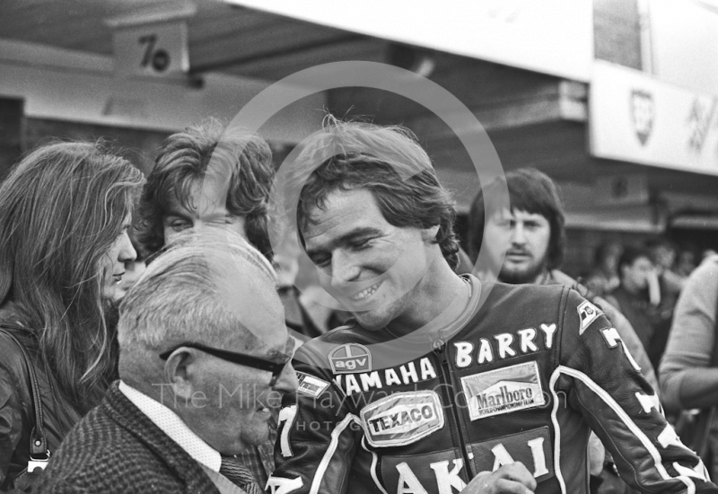 Barry Sheene in the pits, Donington Park 1980.