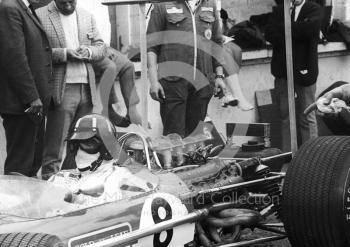 Graham Hill, Lotus Cosworth V8 49B R5, in the pits, British Grand Prix, Brands Hatch, 1968.