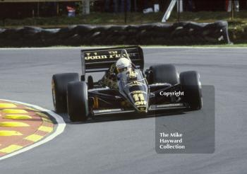 Elio De Angelis, Lotus 97T, Brands Hatch, 1985 European Grand Prix.