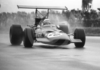 Chris Amon, Ferrari 312 V12, at Copse Corner heading for 10th place, Silverstone, International Trophy 1969.