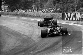 Jochen Rindt, Gold Leaf Team Lotus 72C, leads Jack Brabham, Brabham BT33, 1970 British Grand Prix, Brands Hatch.