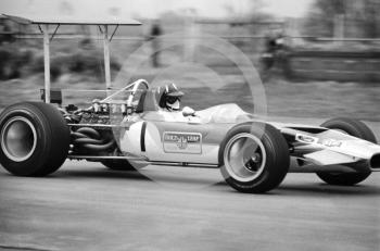 Graham Hill, Gold Leaf Team Lotus Ford 49B, finished in 7th place, Silverstone, International Trophy 1969.