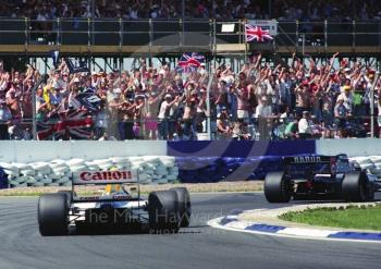 Nigel Mansell, Williams FW14, and adoring crowd, Silverstone, British Grand Prix 1991.