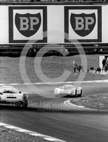 Rudi Lins/Karl Foitek Porsche 910 and Jo Siffert/Hans Herrmann Porsche 907 2.2 at South Bank Bend, 1968 BOAC 500, Brands Hatch