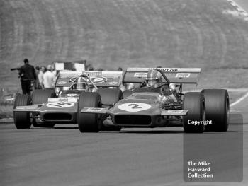 Francois Cevert, Tyrrell March 701 leads Chris Amon, STP March 701, British Grand Prix, Brands Hatch, 1970