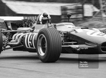 Keith Holland, Alan Fraser F5000 Lola T142, at Lodge Corner, Oulton Park Gold Cup 1969.