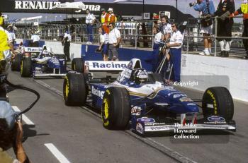 Damon Hill and David Coulthard waiting in the pit lane, Silverstone, 1995 British Grand Prix.