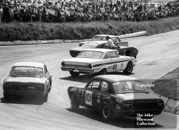 Dennis Leech's Ford Falcon Sprint spins and causes a traffic jam for Roy Pierpoint, Chevrolet Camaro, Terry Sanger, Ford Falcon Rallye Sprint, and Willy Kay, Ford Escort, British Saloon Car Championship race, BRSCC Guards 4,000 Guineas International meeting, Mallory Park, 1969.