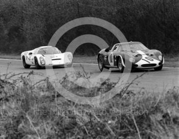 Ferrari 250LM of Paul Vestey and Roy Pike followed by the Porsche 910 of Rico Steinemann and Dieter Spoerry, 1968 BOAC 500, Brands Hatch